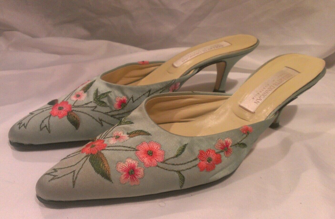 Collette Dinnigan Heels * 39 * Gorgeous Teal & Pink Floral Needlework