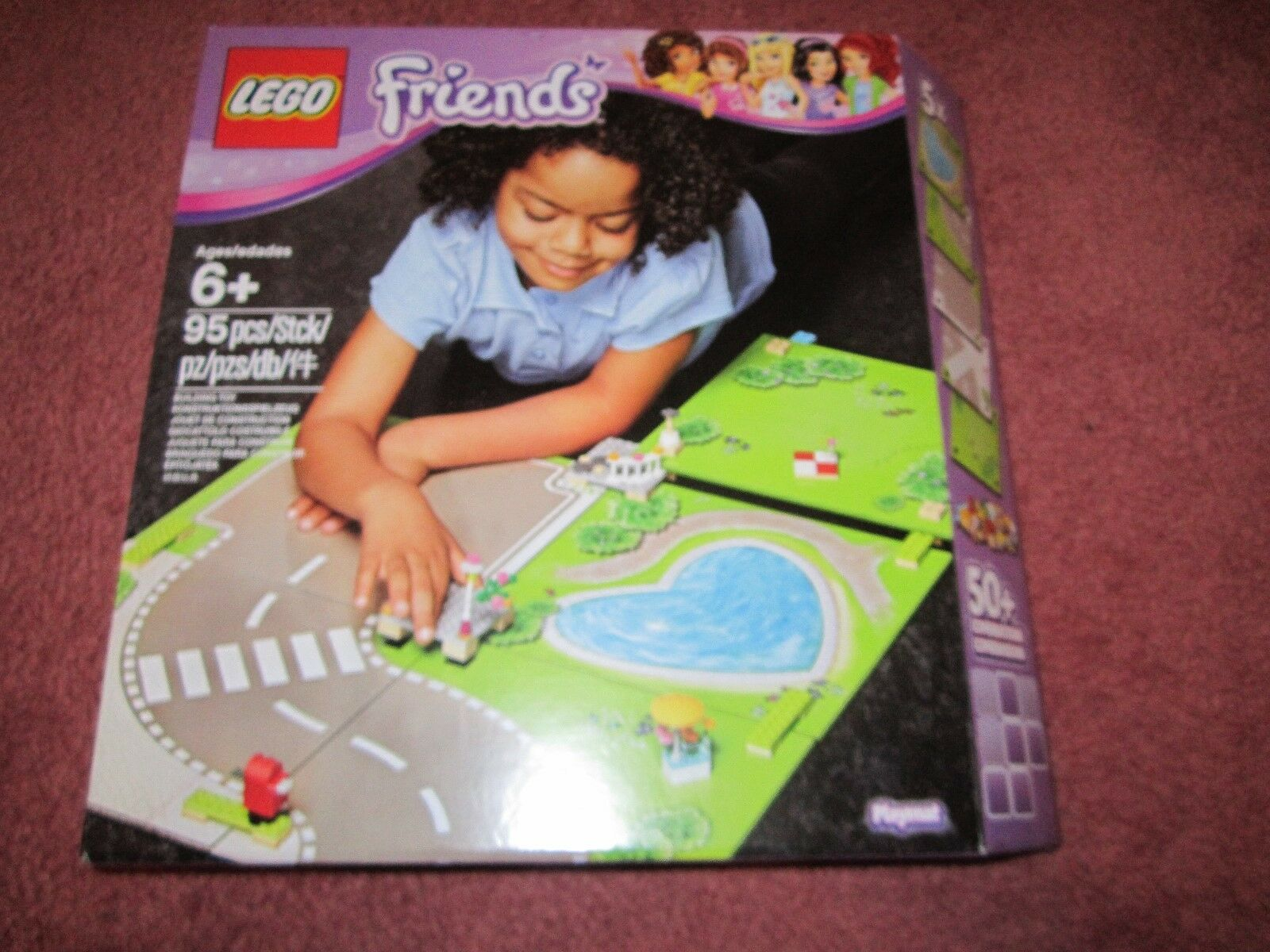 LEGO FRIENDS HEARTLAKE CITY PLAYMAT 853671 - NEWBOXED SEALED