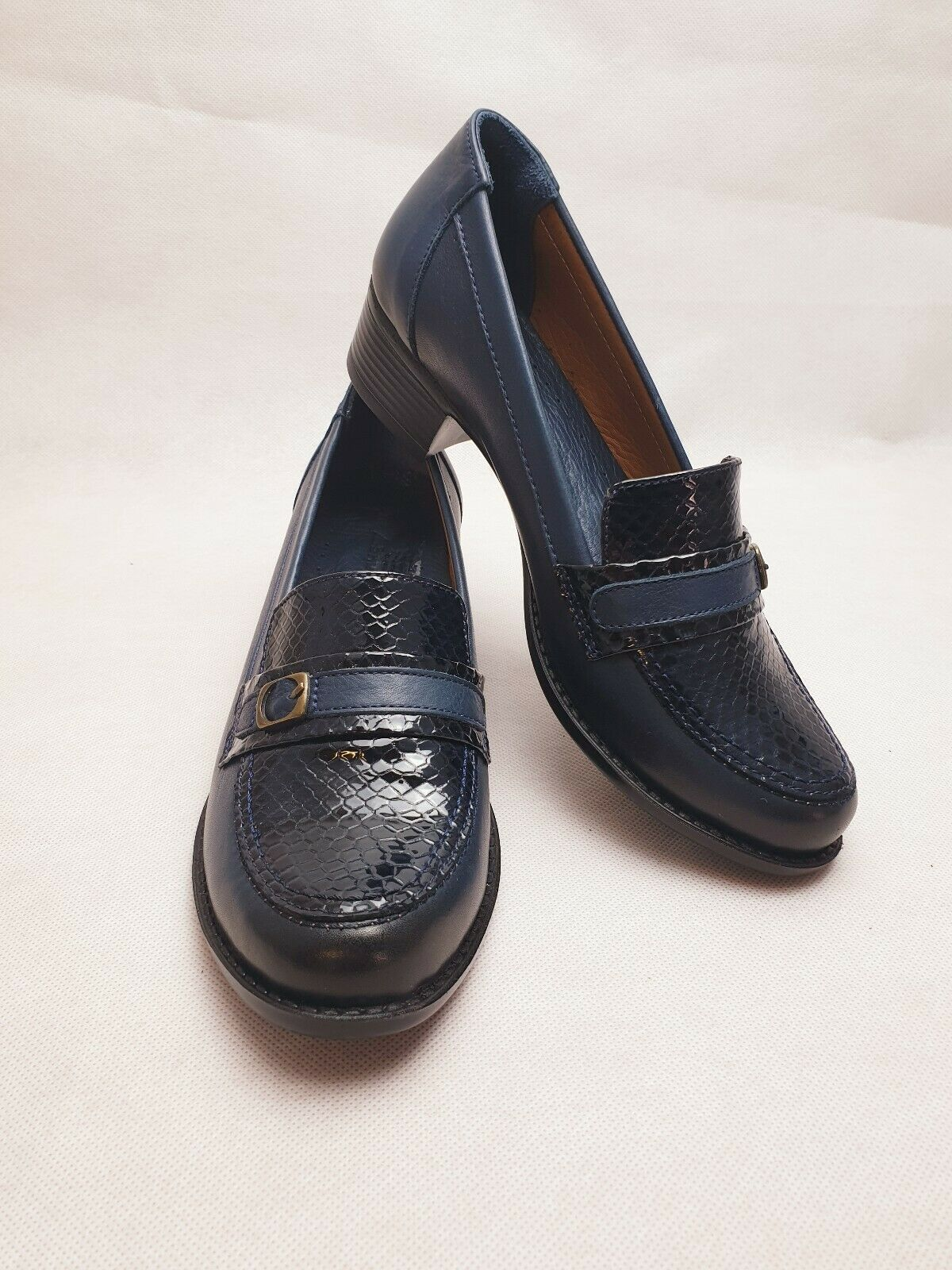SADDLERS 111 Navy bluee Leather Low Heel Office Work Casual Women Loafers  Size 7
