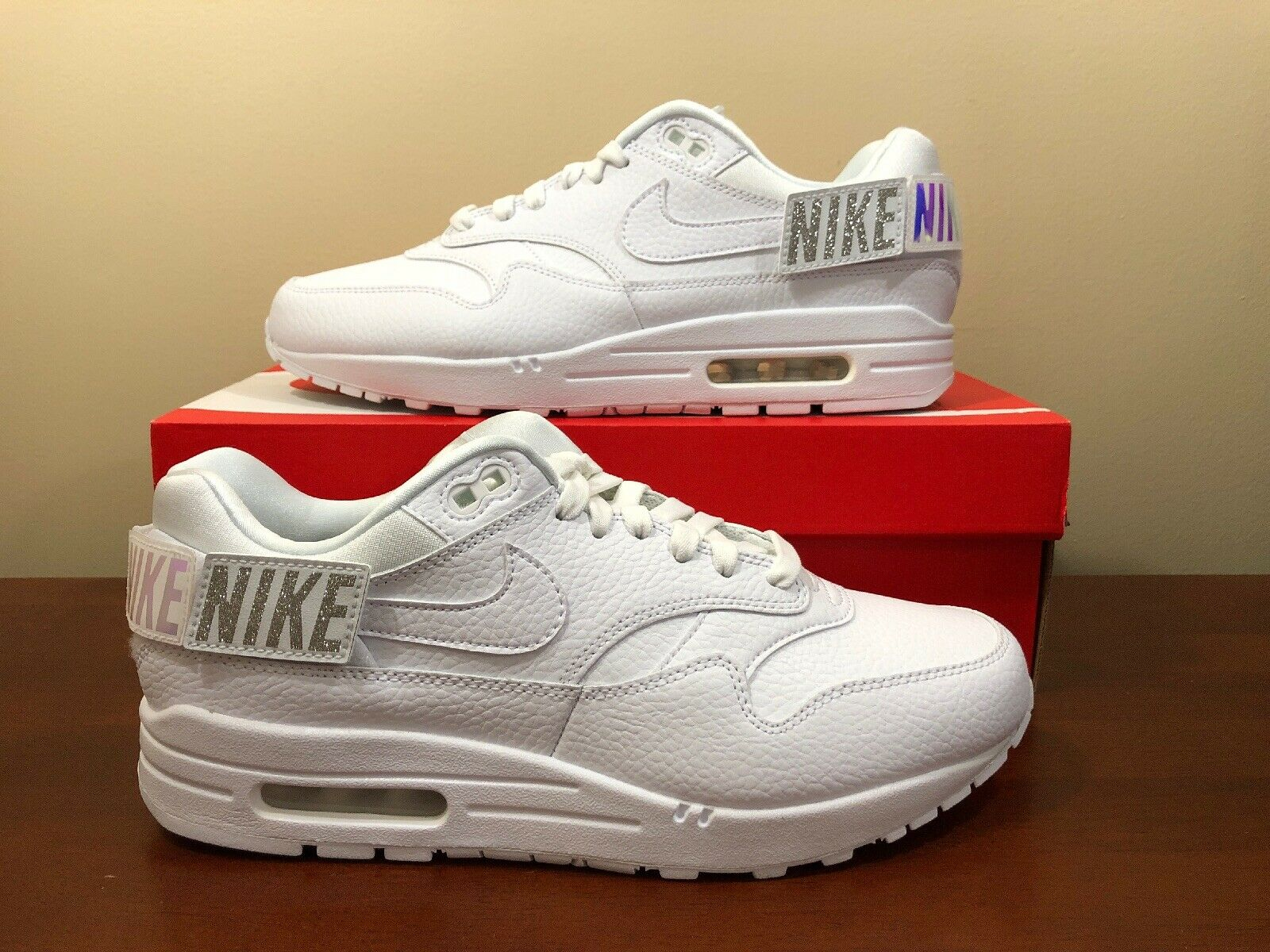 Nike Air Max 1-100  Patches  AQ7826-100 Women's size 10 US