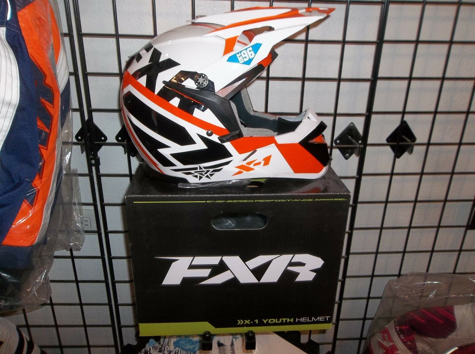 NEW    FXR X1 Youth Helmet - orange, SIZE SMALL