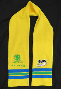 Socceroos-Scarf-with-Socceroos-Logo-2010-and-Hahn-Super-Dry-Logo-135cm-53-034