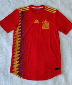 cf7b7a615bcd3 Men s Adidas Spain 2018 Home Jersey Clima Chill Size Medium NWT