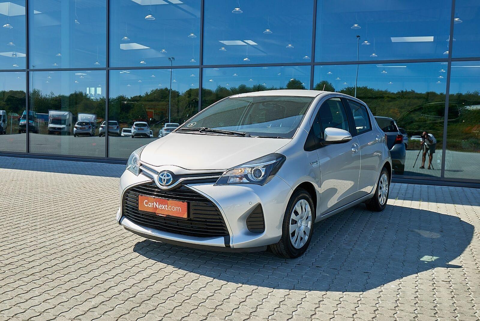 Toyota Yaris 1,5 Hybrid H2 CVT 5d - 99.900 kr.