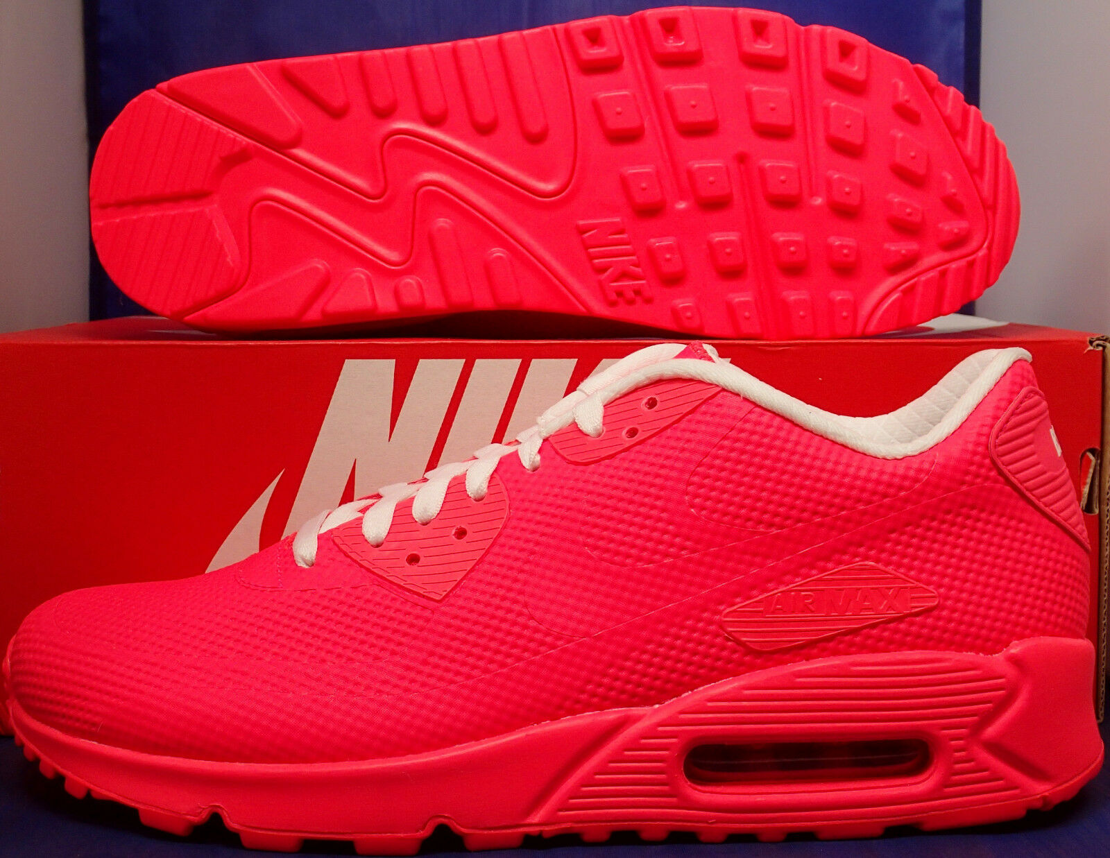 Nike Air Max 90 Hyperfuse Premium iD Solar Red White SZ 9.5 ( 822560-997 )