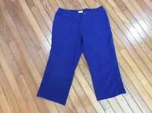 BANDTILECHICO'S ZENERGY 1 bright blue capri pants Drawstring w/elastic. (T1-20)