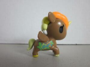 Unicornos-Juste-Jouer-Tokidoki-2-034-Figure-Brown-raindow-cheveux-avec-fleurs