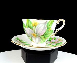 ROYAL-STAFFORD-ENGLAND-WHITE-TRILLIUM-2-3-4-034-CUP-AND-SAUCER-SET-1975-1997