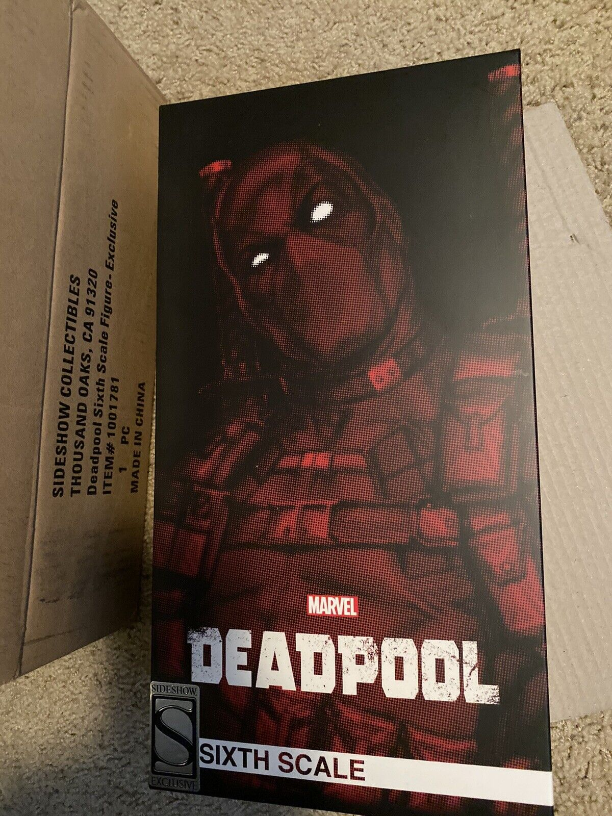 DEADPOOL BY SIDESHOW COLLECTIBLES SIXTH SCALE FIGURE