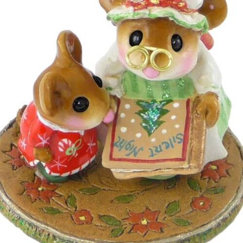 Wee Forest Folk M-511 Grandma/'s Book of Christmas