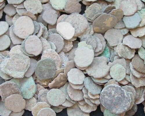 LOT OF 18 ANCIENT ROMAN CULL COINS UNCLEANED /& EXTRA COINS ADDED