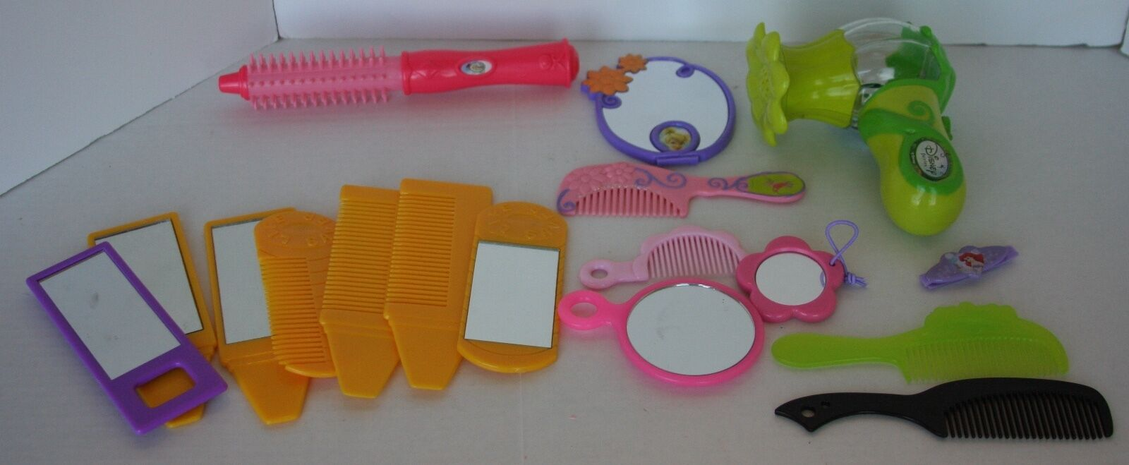 LOT OF Girl's Dress-Up Plastic Combs, Mirrors, Blow Dryer Perfect for Pretend