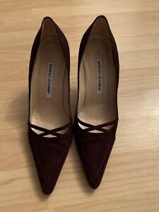 Plum suede Manolo Blahnik shoes pumps