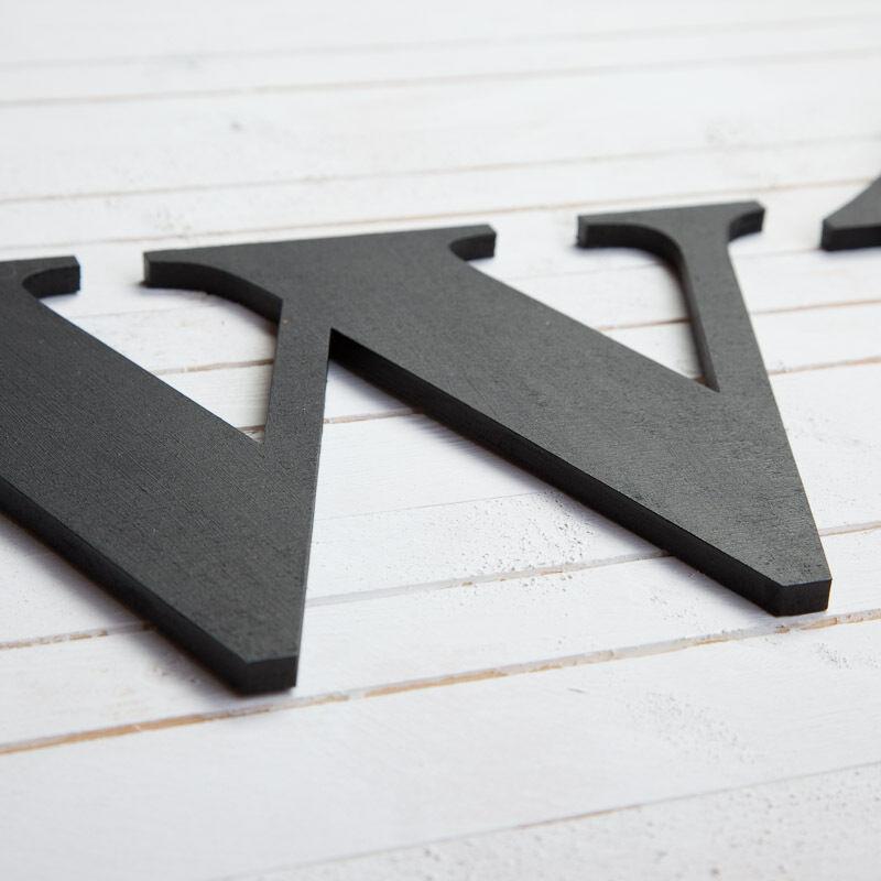 Custom Made GRANDE IN LEGNO lettere MURO PORTA NOME firmare lettere LEGNO personalizzato Taglia 22cm f6b258