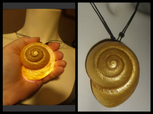 VANESSA ARIEL URSULA LARGE LIGHTED  REAL SHELL NECKLACE  GOLD GLITTER URSULA