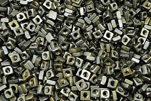 1000-Unplated-1-4-20-Square-Nuts-Coarse-Thread-Plain-Steel