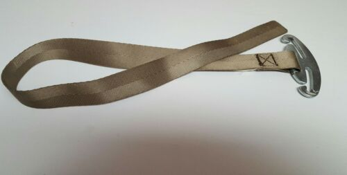 Graco Snugride-30-35-Safe Seat Harness Metal Belt Strap Adjuster retainer. E44