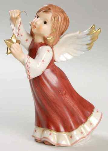 Goebel CHRISTMAS FIGURINE 2007 Angel With Star 7643170