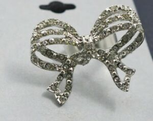 New-7-99-Target-Brand-Ladies-Ring-with-Bling-from-USA-Size-7