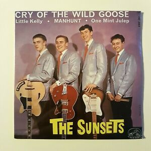 THE-SUNSETS-New-Remastered-French-CD-CRY-OF-THE-WILD-GOOSE-EP