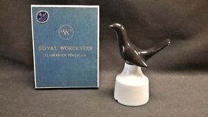 Royal-Worcester-Flameproof-Porcelain-Black-Bird-Pie-Funnel