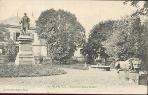 55 - cpa - BAR EL DUQUE - Monumento Ernest Bradier