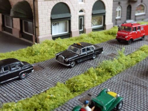RAILNSCALE N2114 Spur N PKW Mercedes-Benz 190D Taxi Heckflosse NEU