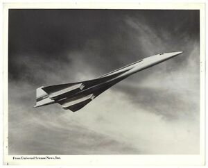 Aviation experiments Universal Science News press photos & write ups (6) Concord