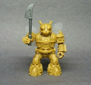 Battle-Beast-Laser-Beast-Homage-Golden-Bee-amp-Weapon-Beastformers
