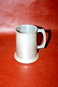 Antique-5-034-Tall-English-Sheffield-DON-PEWTER-One-Pint-Tankard-Mug-Stein