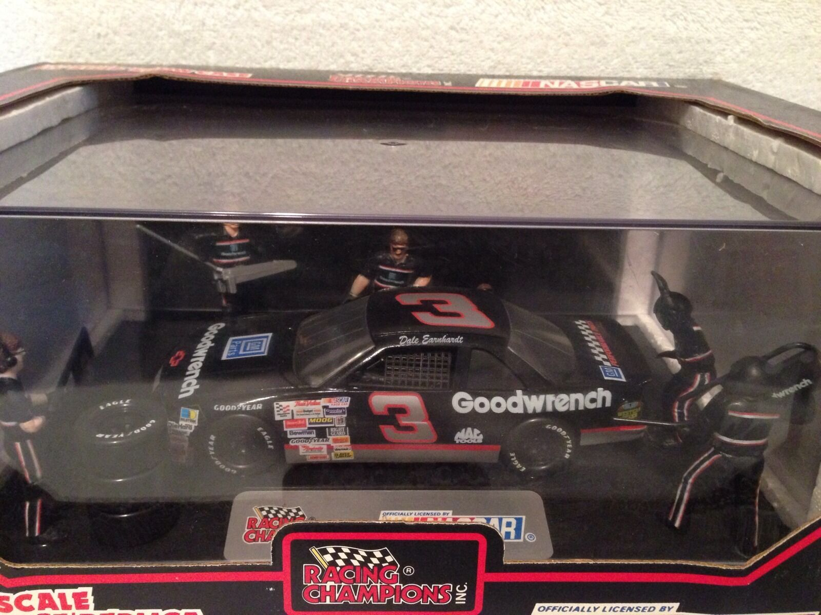 1 24 Racing Champions 1992 Dale Dale Dale Earnhardt GOODWRENCH Pit Stop Diecast Car fbf172