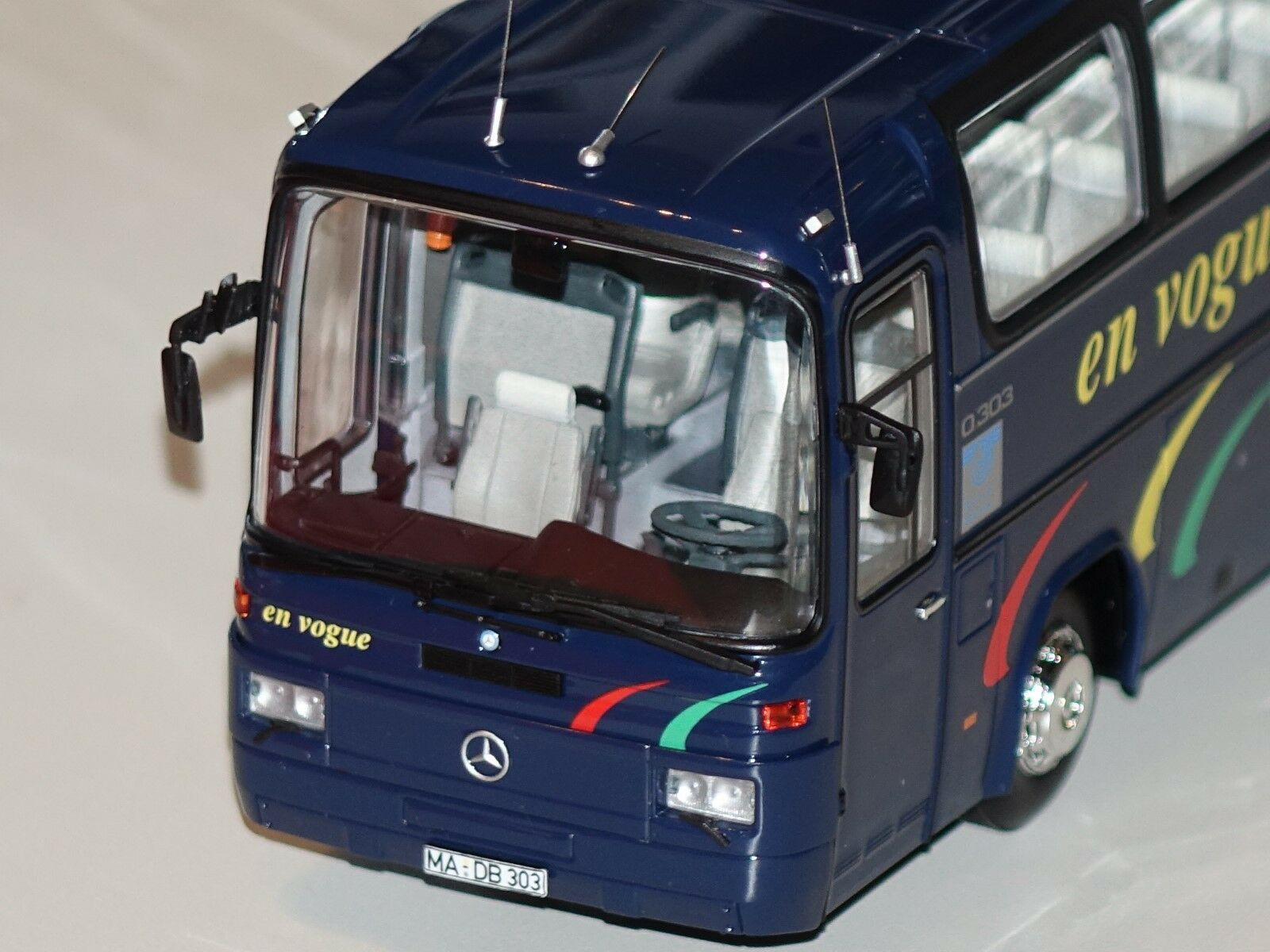 Mercedes o303 Bus 1981  En Vogue Dark bleu 1 43 Minichamps 439036081 nouveau & OVP  70% de réduction