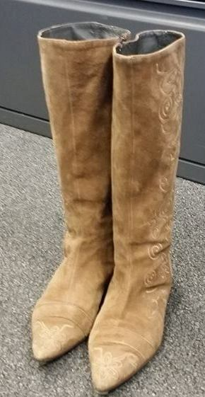 NERA SUEDE BEIGE POINTED TOE MID CALF BOOTS