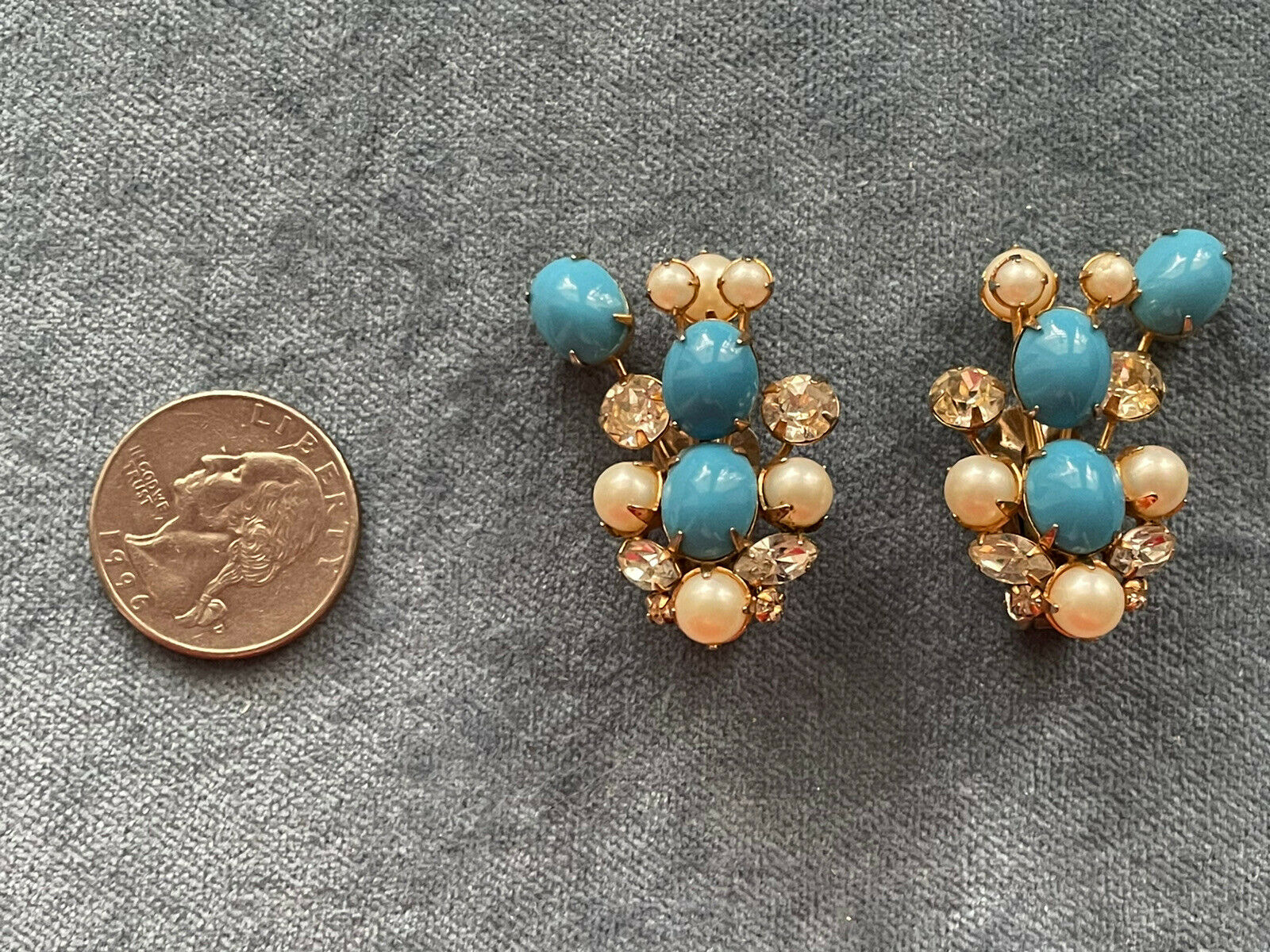 Vintage Signed Arnold Scaasi turquoise clip on ea… - image 6
