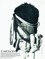 PUBLICITE ADVERTISING 086  1964  l'Aiglon ceintures bretelles homme boutons manc