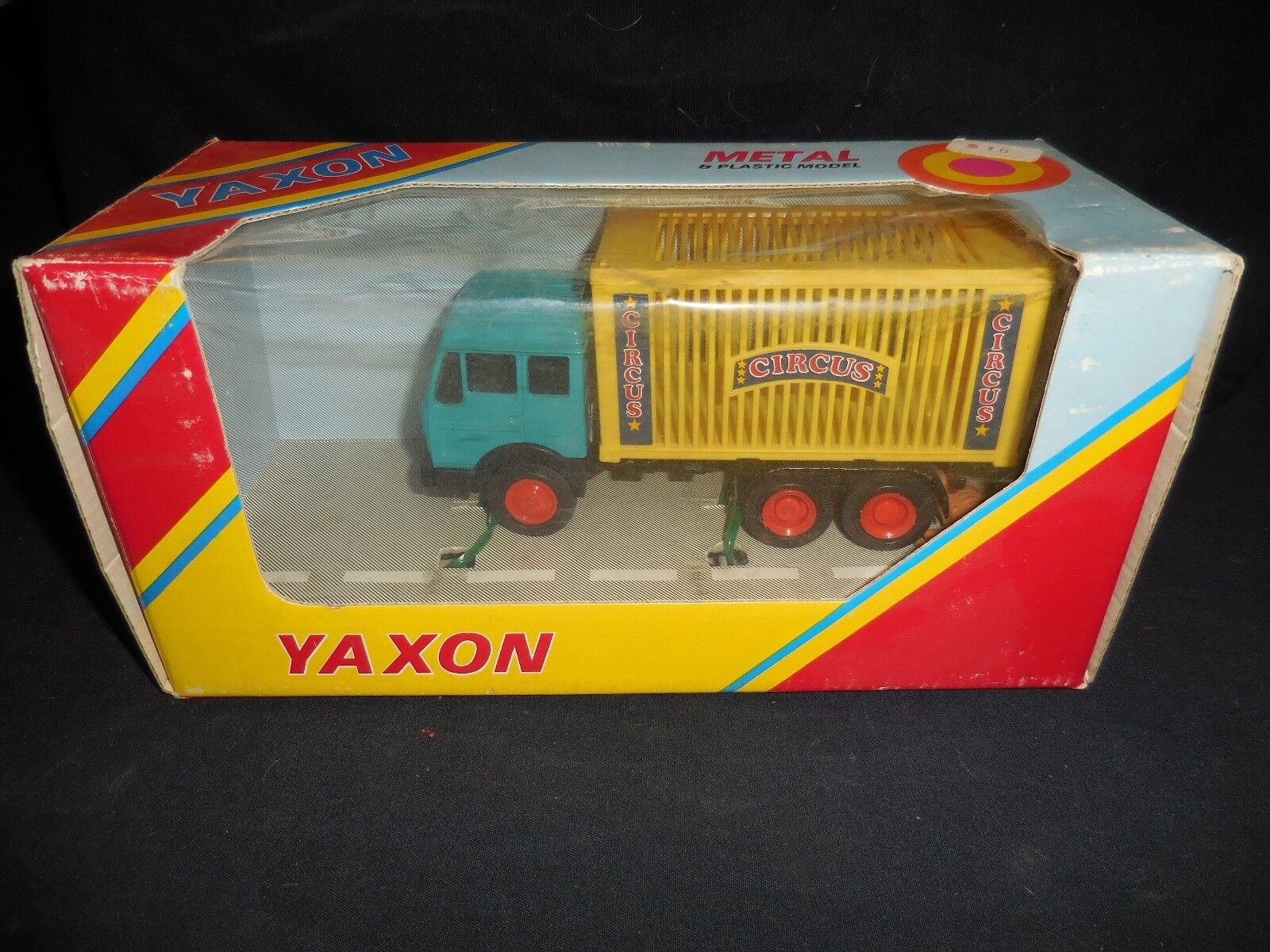Italien Yaxon Mercedes Benz Circus Truck w Lion 1 43 Toy Looks Mint låda shower