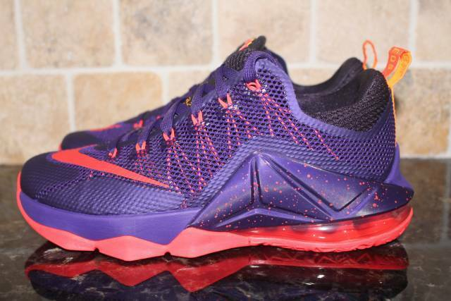 955e1ee67fce NIKE LEBRON XII 12 LOW MEN SIZE 8.0 NEW RARE BASKETBALL COMFORTABLE PURPLE