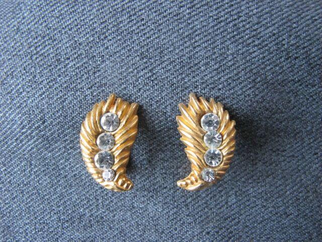 Vintage clear rhinestones golden metal feather earrings  Unused   bx10