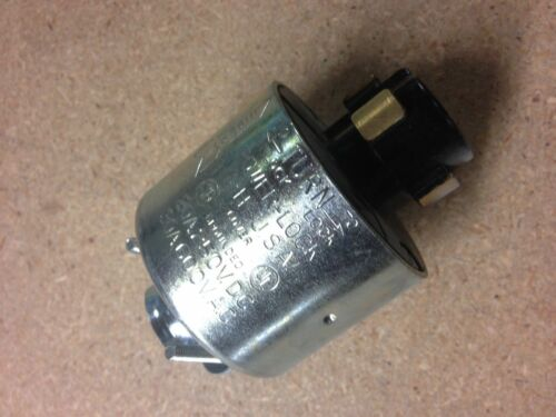 21415 Hubbell 30A 600VAC 20A 250VDC