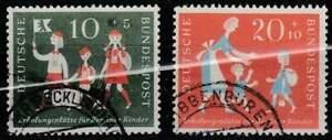 Duitsland-Bund-gestempeld-1957-used-250-251-Platze-fur-Kinder