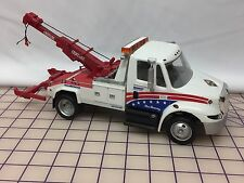 "Toy Tow Truck; Miller Industries - Navistar 4300 - Century Wrecker 1/24"" DG Prod"