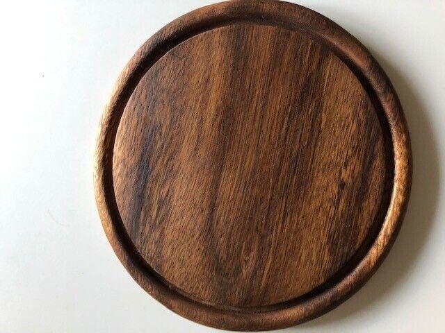 Tilbehør, Teak tallerkener med saftrille