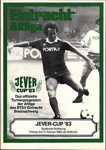 11.02.1983 HT Eintracht Braunschweig avec Hamburger SV, Uwe-Seeler-adidas-team...