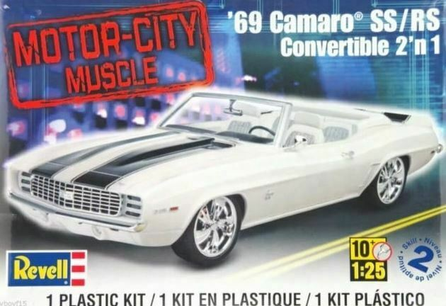 Revell 1969 Camaro SS/RS Convertable 2 in 1 1:25 model kit 4929 DAMAGED BOX