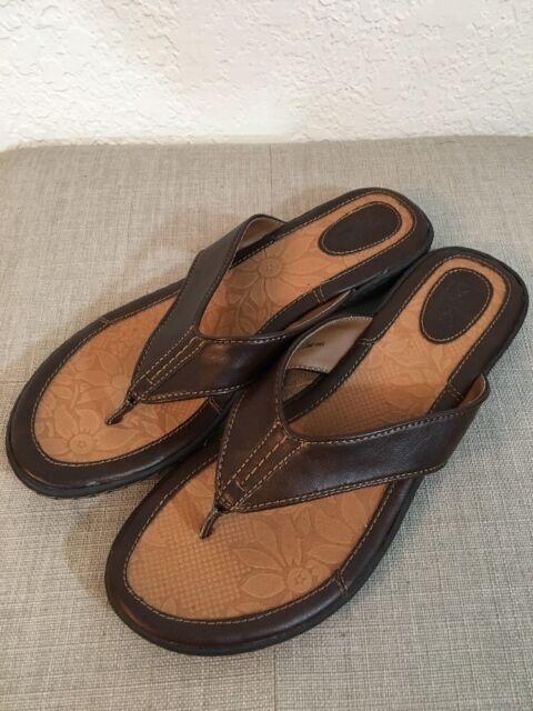 f073c3edb67 Born BOC Brown Thong Flip Flops Sandals Womens Size 10