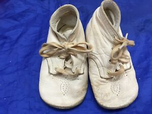 Vintage Baby Deer Shoes White Leather