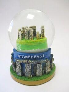 Stonehenge-Steinkreis-Schneekugel-Snowglobe-9cm-Souvenir-Great-Britain-Salisbury