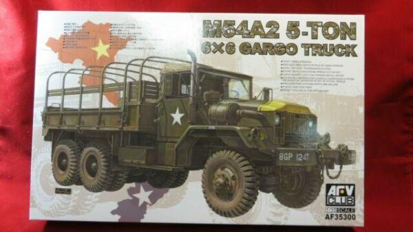 Vietnam War AFV CLUB 35254 M728 Combat Engineer Vehicle 1:35 Plastic Model Kit
