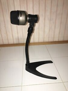 Bass Drum Microphone Avec Kick Mic Stand Holder Nouveau!-afficher Le Titre D'origine