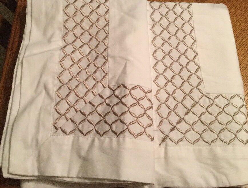 Balfour Hotel Embroidered Standards Shams Set